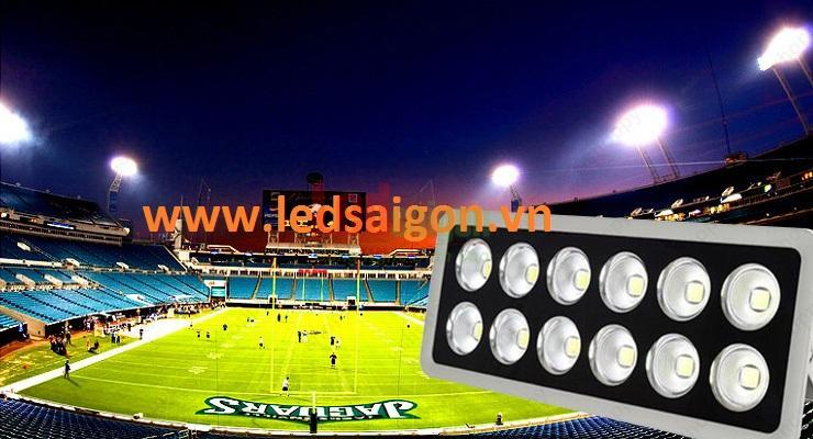 đèn pha led 600w chiếu sáng sân vận động