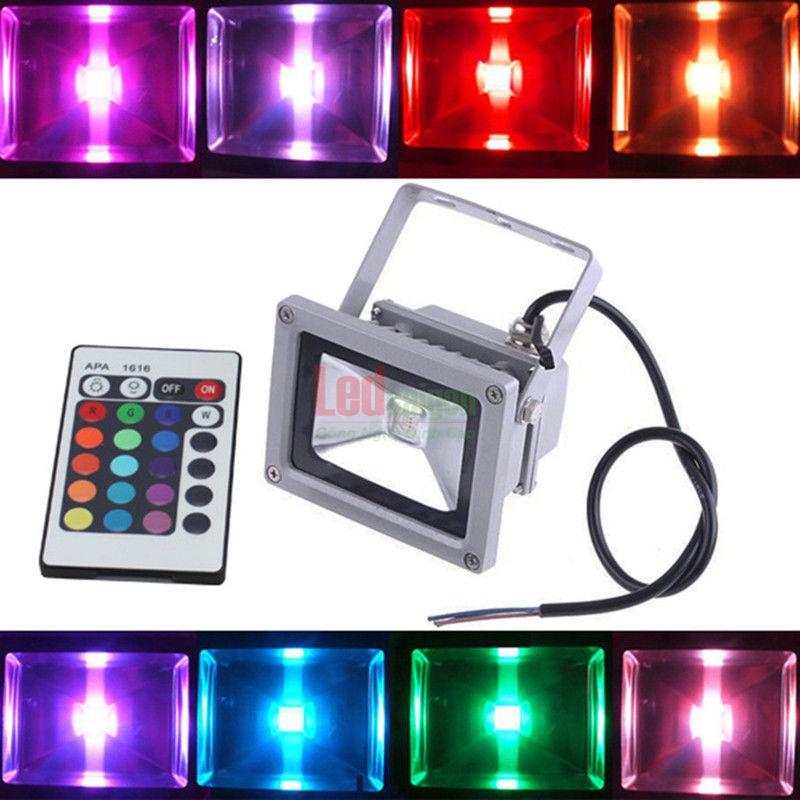 đèn pha led 30w chiếu sáng quán cà phê