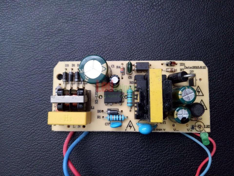 Adapter 12v 2a ngoài trời